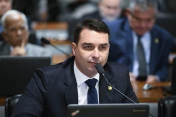 Presidente da República foi transferido para o hospital Vila Nova Star, em São Paulo, para tratar de uma obstrução intestinal