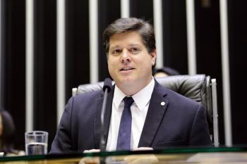 A aliança teria o objetivo de reforçar o grupo na disputa das vagas na Mesa Diretora