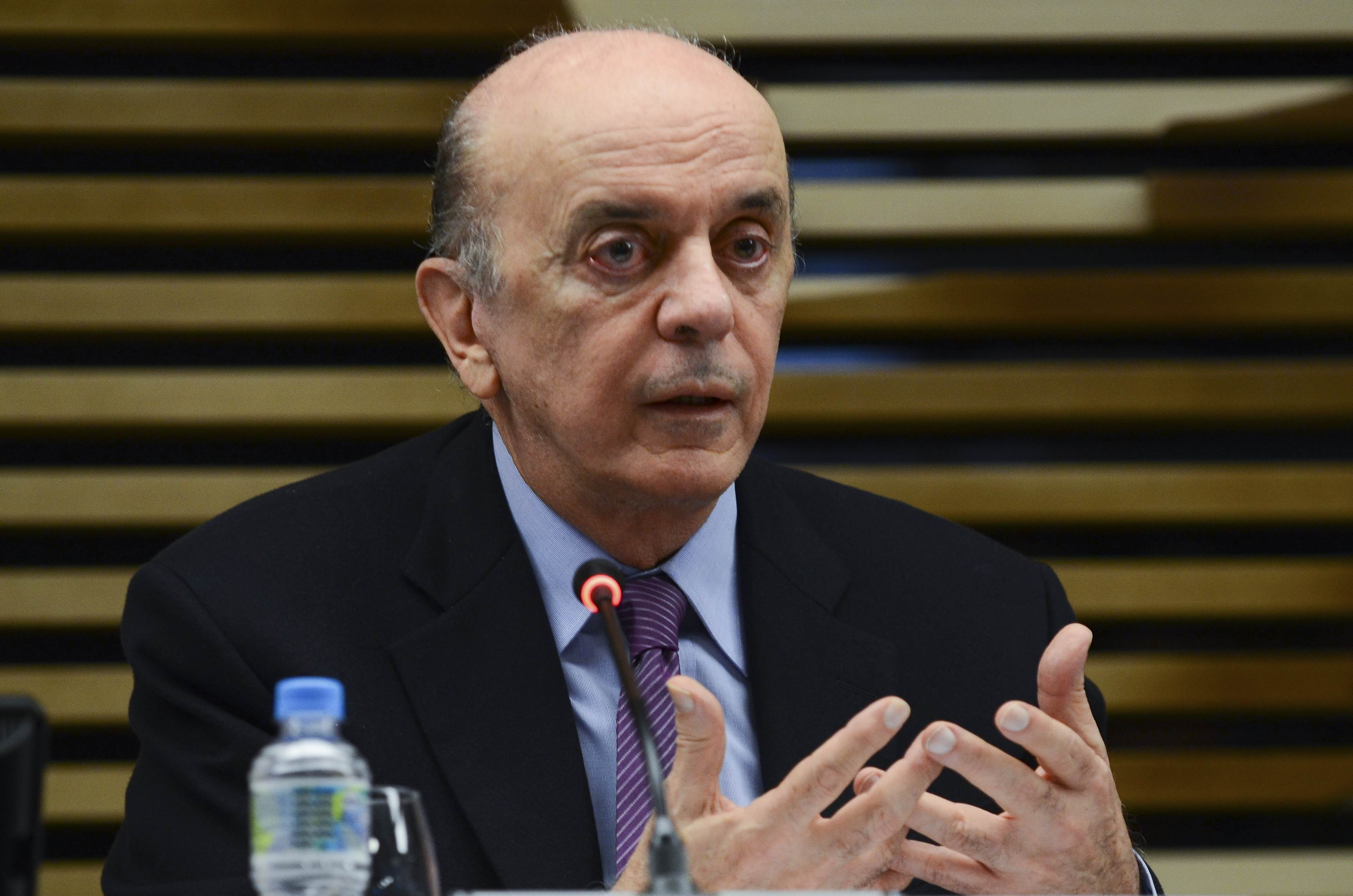 Senador José Serra criticou operação da PF que apura caixa 2 em sua campanha