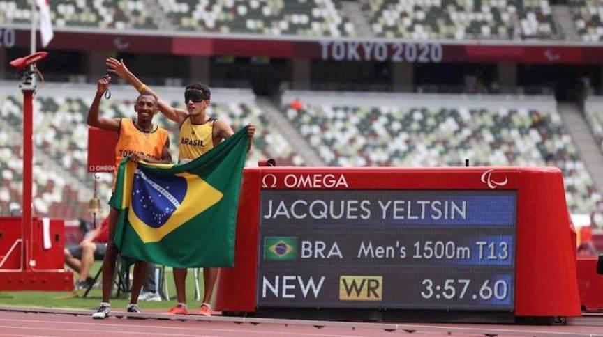 100ª medalha de ouro do Brasil em Jogos Paralímpicos veio com Yeltsin Jacques, nos 1.500 m (classe T11)