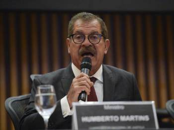 Para o ministro Humberto Martins, a decisão da Câmara sobre o voto impresso cabe unicamente ao Parlamento