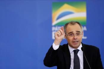 O presidente da CCJ criticou a senadores aliados o pedido feito por Bolsonaro e disse que não há clima para a realização de sabatina ao STF