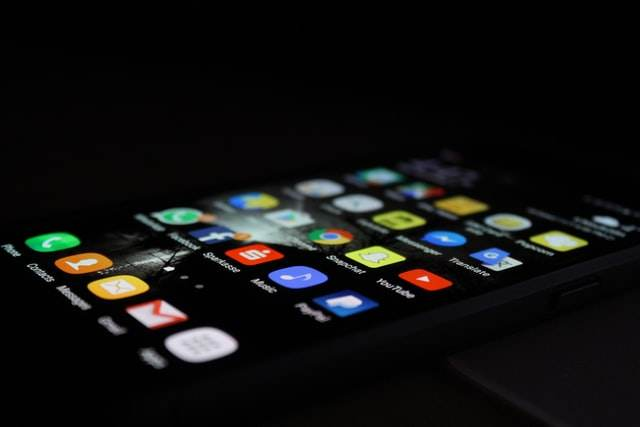 Aplicativos disponíveis em tela de smartphone