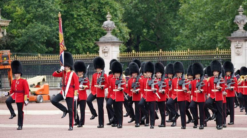 Troca de Guarda no Palácio de Buckingham, em Londres23/8/ 2021. Yui Mok/Pool via REUTERS