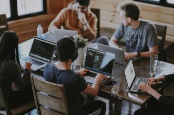 Neste 18 de agosto se celebra a Lei do Estagiário, criada em 1989, que trouxe regras mais modernas para relação entre empresas e estudantes