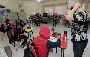 De acordo com relatório da OCDE, piso salarial brasileiro é um dos mais baixos do mundo