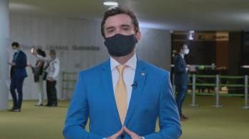 A ideia é oferecer aos brasileiros que têm dinheiro fora do país a opção de pagar 6% de imposto agora e ficar isento quando repatriar o recurso