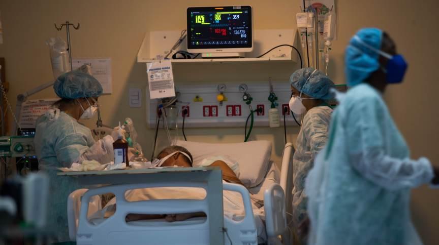 Leitos de UTI no Hospital Ronaldo Gazzola, na zona norte do Rio de Janeiro, durante pandemia da Covid-19