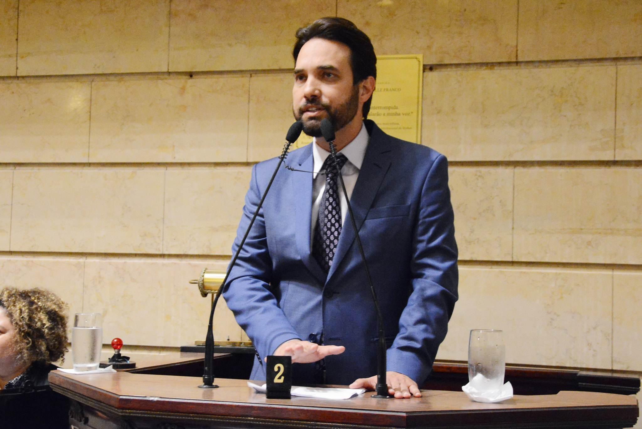 Após morte do enteado Henry Borel, o vereador Dr. Jairinho ligou para políticos