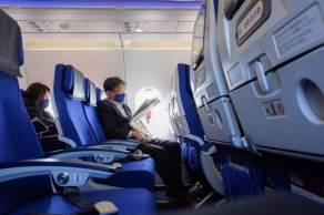 Jovens se sentem mais seguros para realizarem viagens, ao contrário dos mais velhos, que estão mais cautelosos, aponta pesquisa