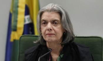 Ministra afirma que respostas da PGR sobre acusações de crime eleitoral devem ser prioritárias devido à gravidade dos fatos