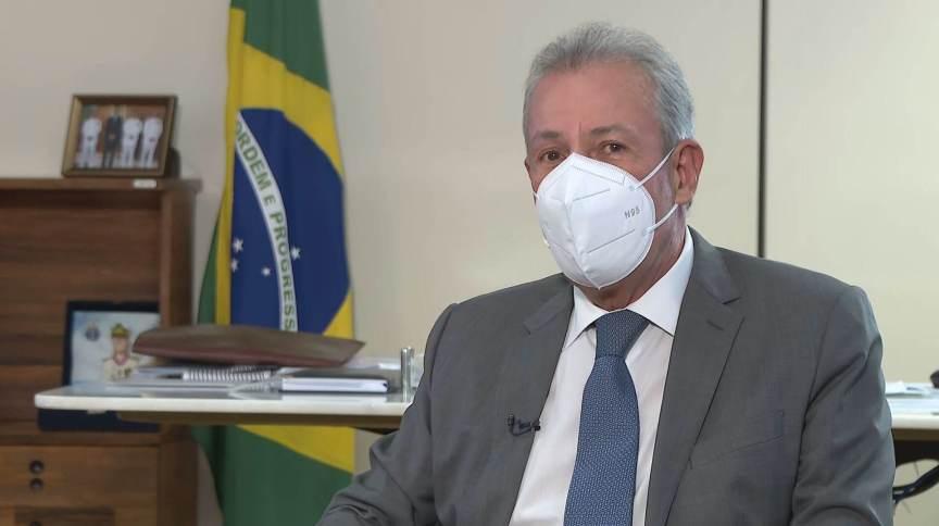 Bento Albuquerque, ministro de Minas e Energia, falou à CNN sobre leilões do pré-sal