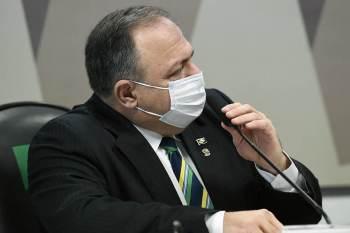 O pedido para que o ex-secretário Élcio Franco investigasse a compra de vacinas teria sido feito de maneira verbal e sem registros