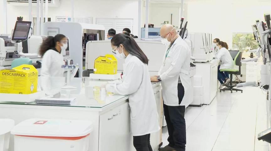 Testes de laboratório identificam pacientes com variantes da Covid-19 (29.Mai.2021)