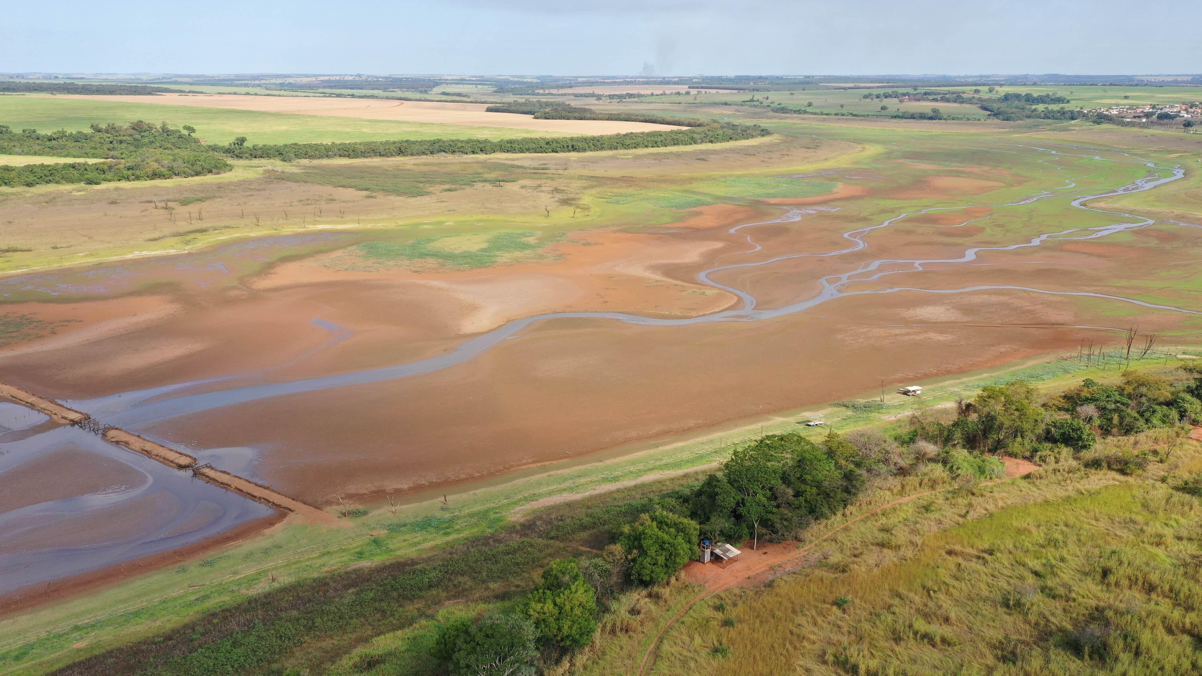 represa; crise hídrica