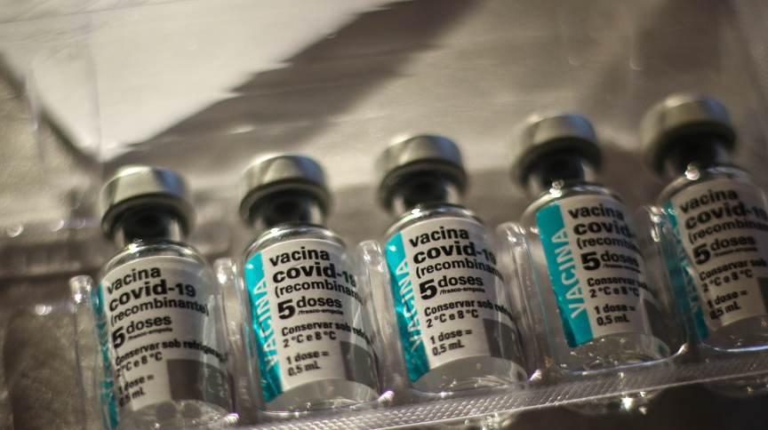 Doses da vacina contra Covid-19 da Astrazeneca em Santa Maria (RS)
