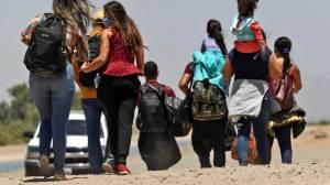 Pais de 303 crianças separadas na fronteira EUA-México não foram localizados