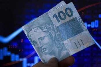 Números são da Nota Monetária de Crédito, divulgada nesta sexta-feira (27) pelo Banco Central; no total, a concessão de crédito foi de R$ 418,4 bilhões no mês