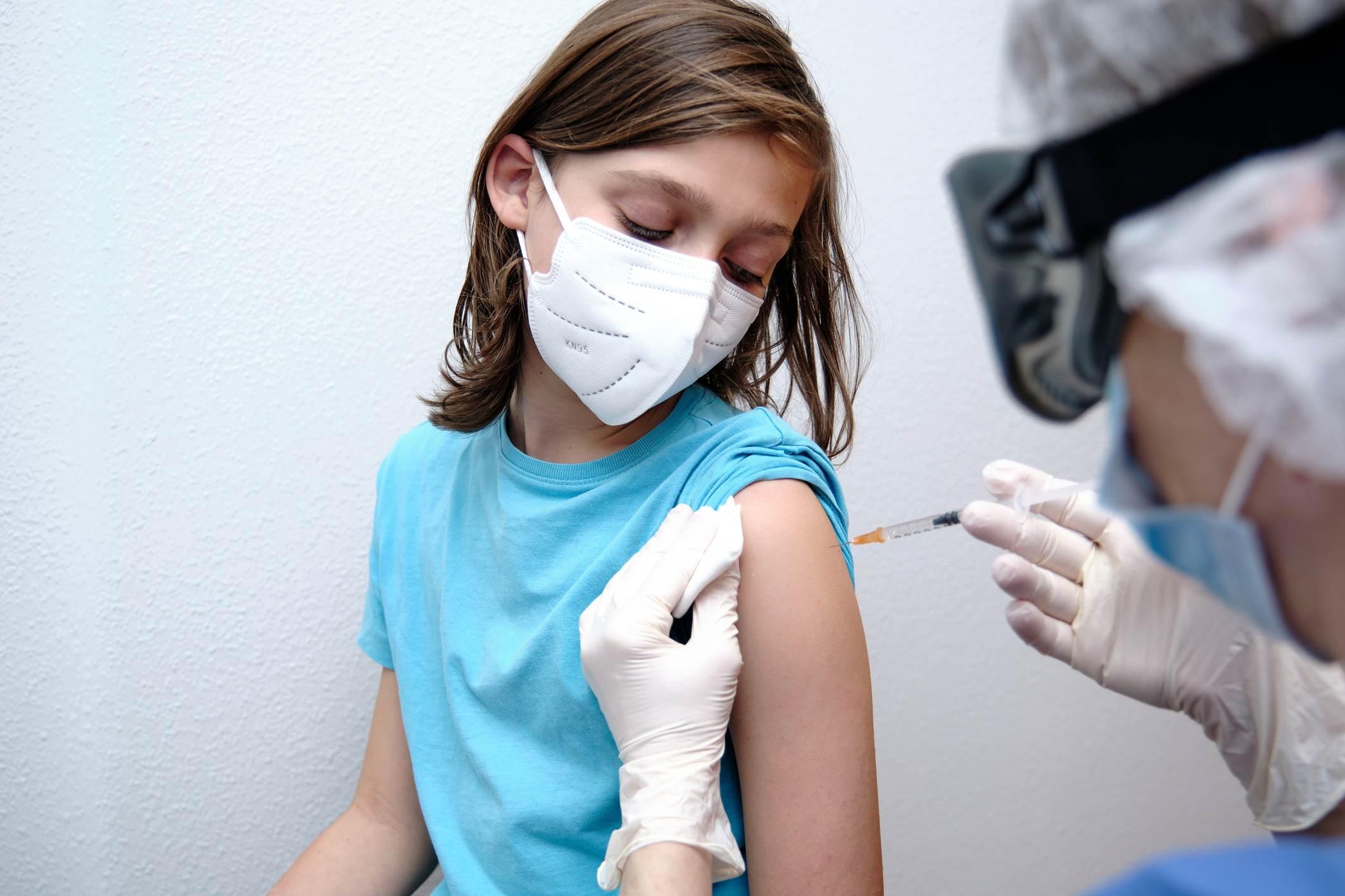vacinação crianças e adolescentes covid-19