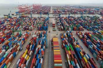A máxima se dá pelo aumento de pedidos de varejistas antes do pico de temporada de compra dos EUA aumentando a tensão nas cadeias mundias de abastecimento