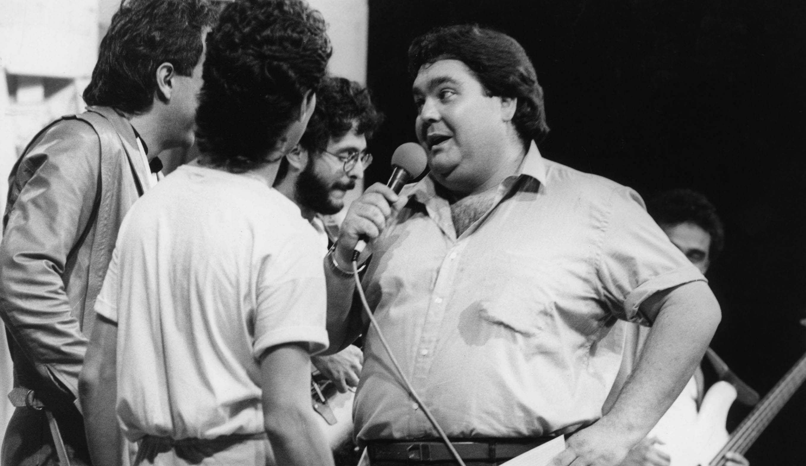 Fausto Silva apresenta o 'Perdidos na Noite', em 1985
