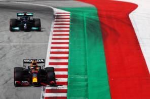 Valtteri Bottas da Mercedes, havia registrado o segundo melhor tempo, mas largará em quinto devido a punição; Lando Norris, da McLaren, sai em terceiro