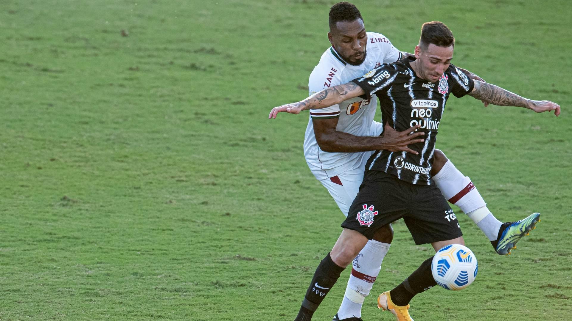 Em São Januário, Fluminense e Corinthians ficaram no empate em 1 a 1