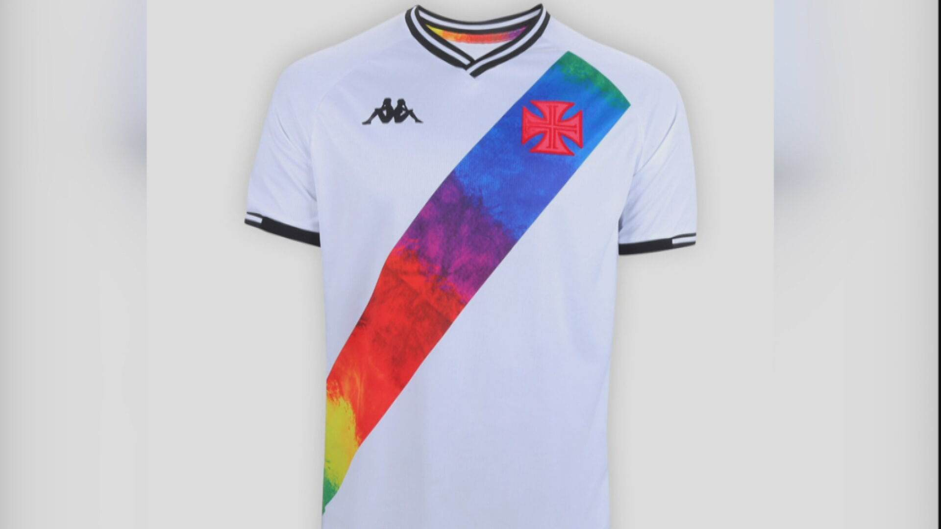 Clubes personalizam uniforme em apoio ao dia do Orgulho LGBTQIA+ (27.Jun.2021)