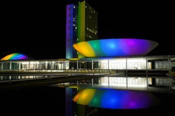 Em junho é comemorado o mês do orgulho LGBTQIA+; capitais brasileiras registraram atos
