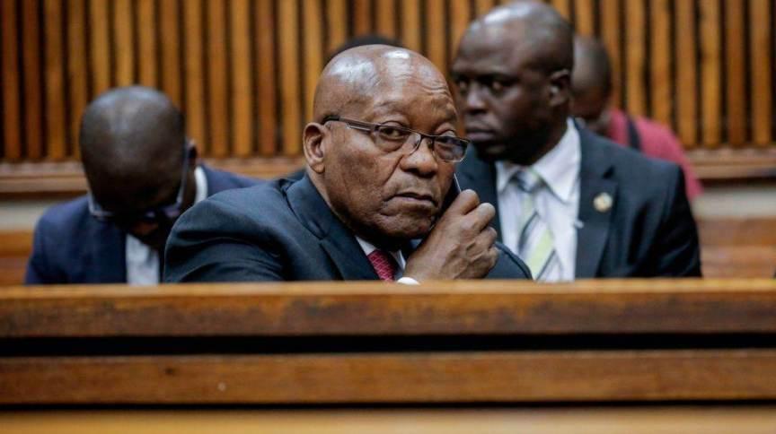 Jacob Zuma não se apresentou ao tribunal supremo da África do Sul para esclarecer acusações de corrupção em seu governo