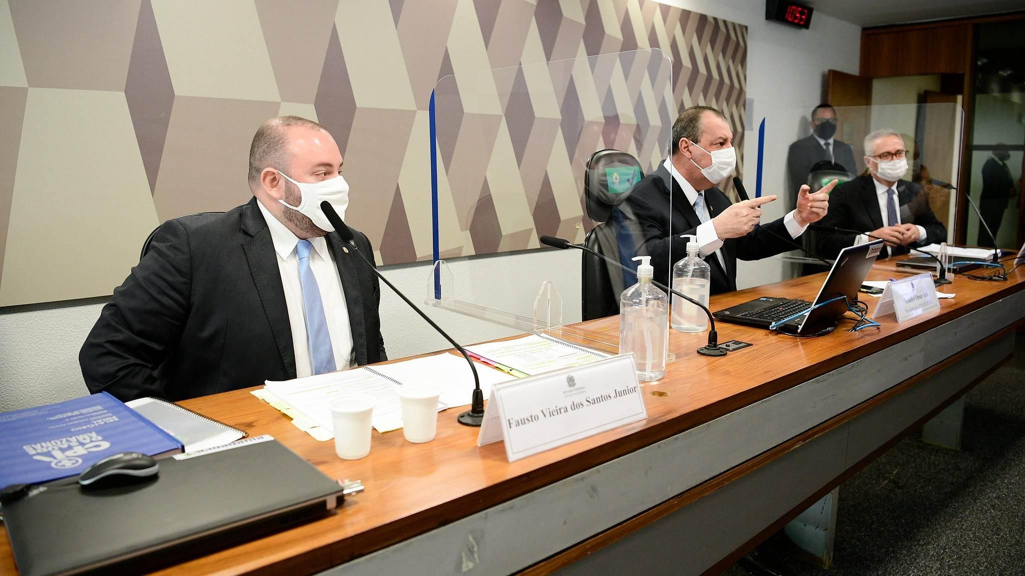 O deputado estadual Fausto Junior (MDB-AM) presta depoimento na CPI da Pandemia