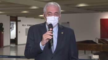 Segundo o senador, o deputado federal Luis Miranda 'contribuiu muito', e o irmão, servidor público, Luis Ricardo Miranda, mostrou fatos que 'não têm desculpas'