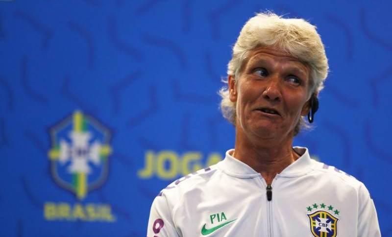 Técnica da seleção brasileira de futebol feminino Pia Sundhage durante entrevista coletiva no Rio de Janeiro
