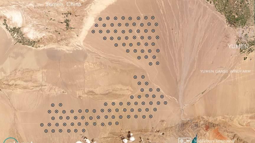 Novos silos de mísseis balísticos chineses, em formato de grade, são vistos em imagem de satélite