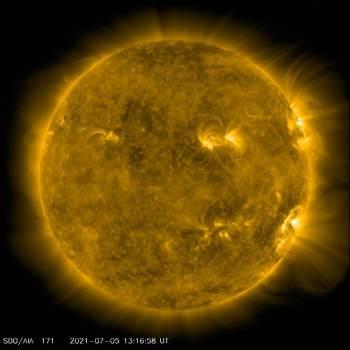 Observatório afirma que explosões de radiação, no entanto, não atingem diretamente seres humanos, pois chegam apenas onde satélites orbitam