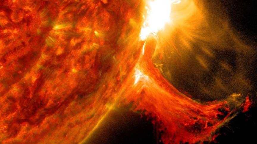 Erupção solar capturada por observatório da Nasa em 2 de outubro de 2014