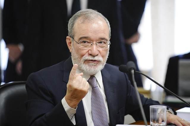 Everardo Maciel, ex-secretário da Receita Federal