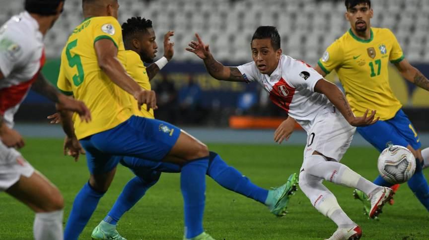 Brasil disputou a semi-final da Copa América com a seleção do Peru