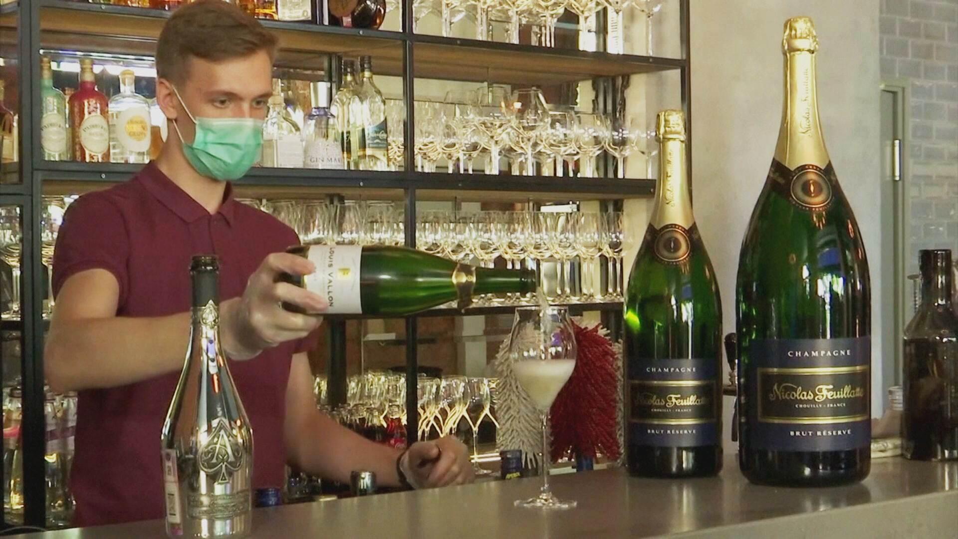 Putin ordena mudança de nome de champanhe na Rússia