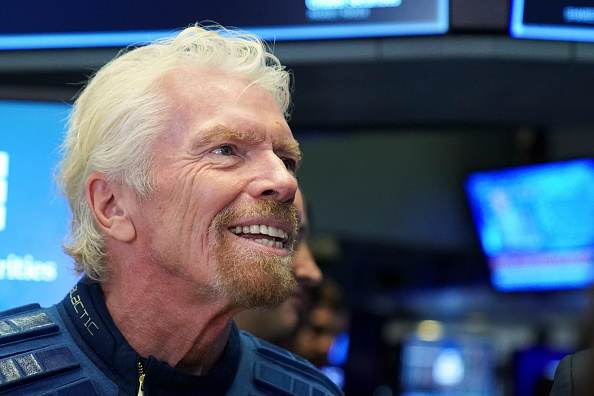 Richard Branson em evento de entrada da Virgin Galactic na NYSE, em 2019