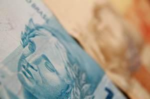 Governo reduz pedido por crédito suplementar para cumprir regra de ouro