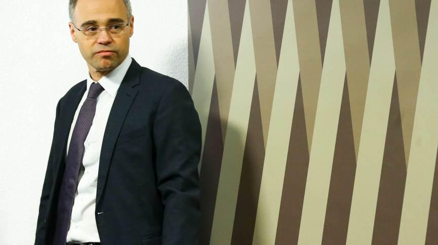 André Mendonça, atualmente advogado-geral da União, participou de conversas com senadores e foi cobrado sobre decisões monocráticas de ministros do Supremo Tribunal Federal