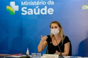 Ex-servidora da Saúde é apontada como a responsável pela nota técnica que recomendando a estados a intercambialidade de vacinas
