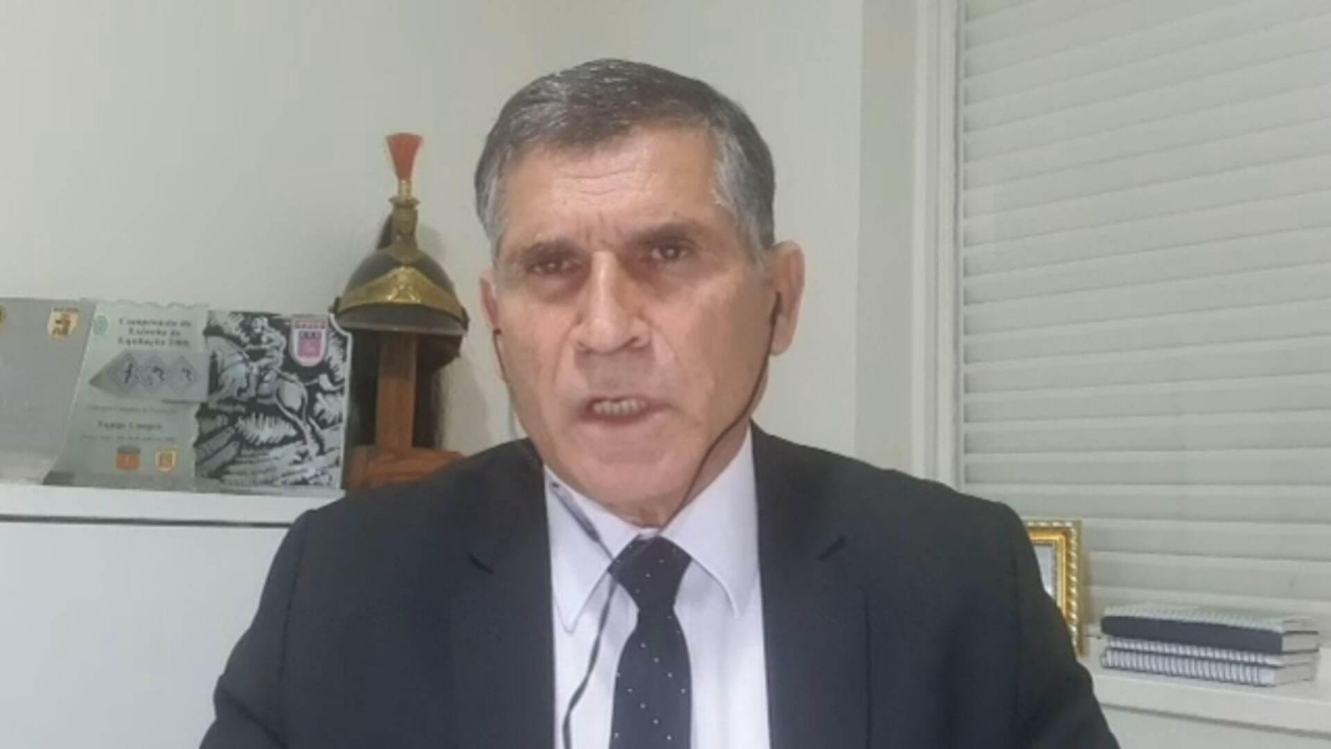 O ex-ministro da Secretaria do Governo general Santos Cruz em entrevista à CNN