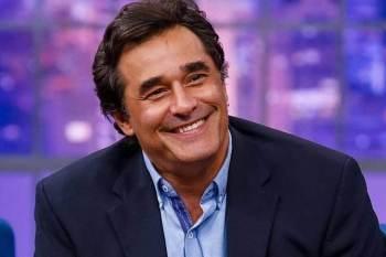 Ator e apresentador está internado no CTI de um hospital particular no Rio de Janeiro desde 22 de junho; Ele contraiu a doença pela segunda vez