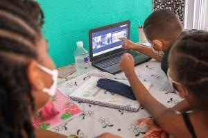 Pesquisa: Maioria dos estudantes teve problemas no acesso à internet durante aulas remotas