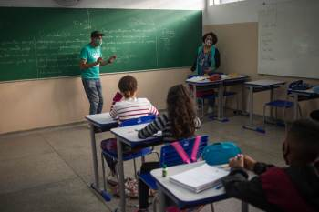 Ao todo, são cerca de 530 mil alunos distribuídos por 1.008 unidades escolares em todo o estado