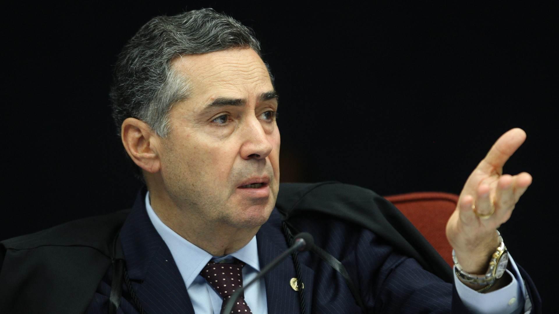 Ministro Roberto Barroso durante sessão da 1ª turma do STF