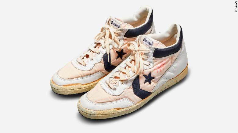 Tênis utilizado por Michael Jordan em treinos das Olimpíadas de 1984