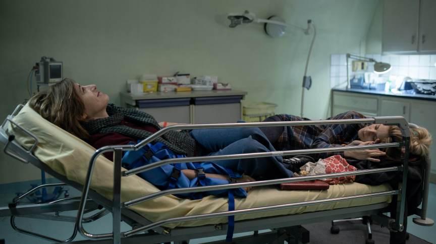 Cena do filme 'La Fracture', dirigido por Catherine Corsini